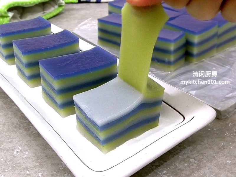 3-colour-9-layer-kuih-lapis-mykitchen101-feature1