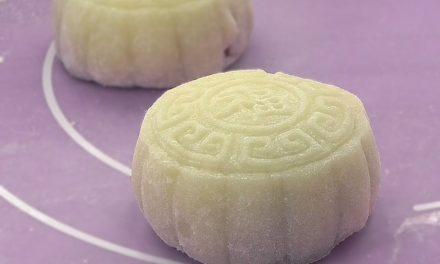 自制紫薯馅冰皮月饼