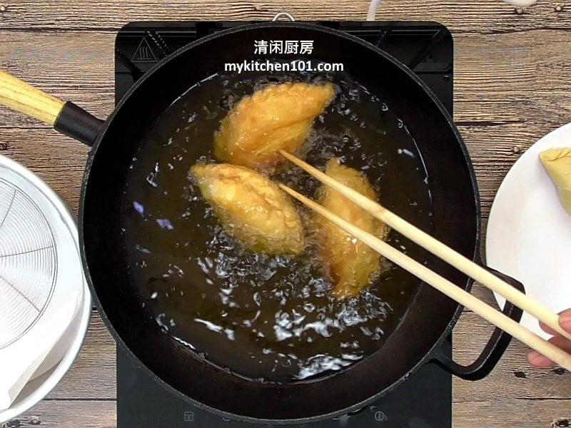 油炸螺旋咖喱角